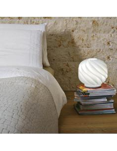 Zero line GL/LAP/35/W Globe Table Lamp White D35